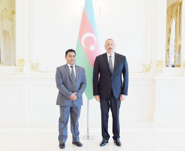 President Ilham Aliyev received credentials of incoming Sri Lankan ambassador